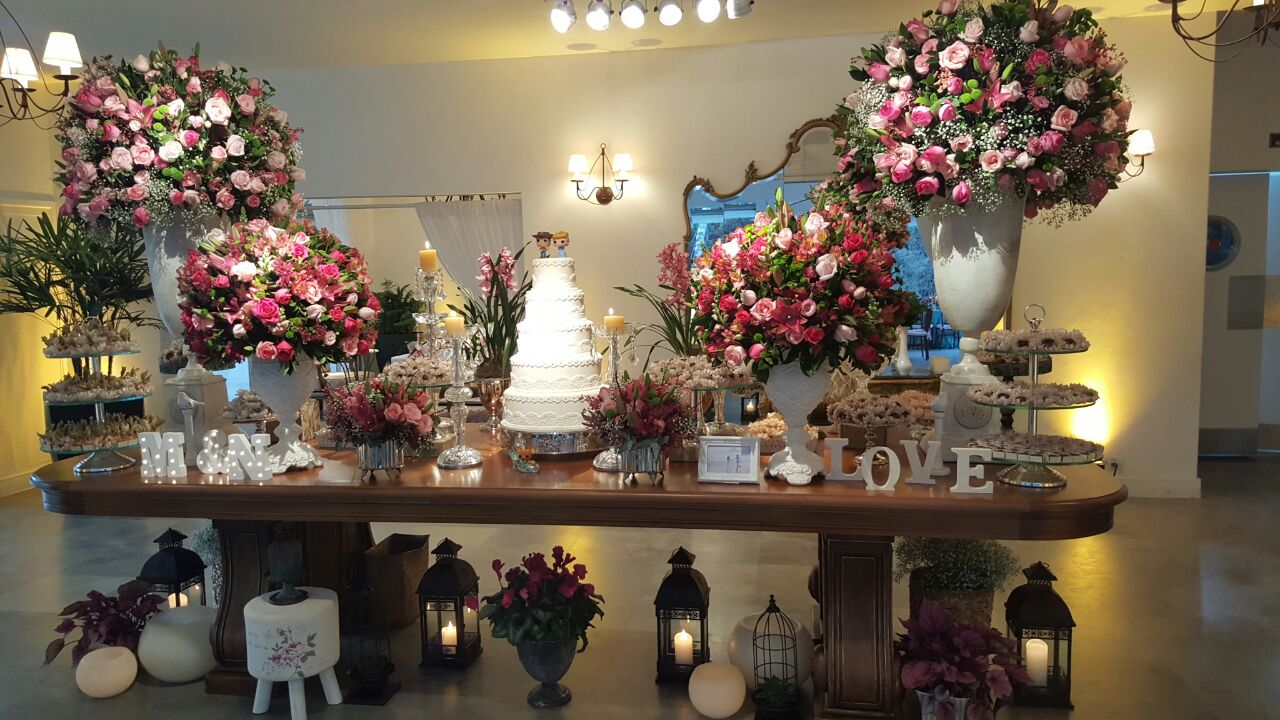tutti-flora-fazenda-7-lagoas-mesa-bolo-love-decoracao-flores-casamento-convencao-boho-eventos-producao-noiva-debutante