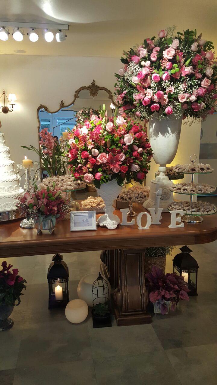 tutti-flora-fazenda-7-lagoas-mesa-doces-decoracao-flores-casamento-convencao-boho-eventos-producao-buque-noiva-debutante