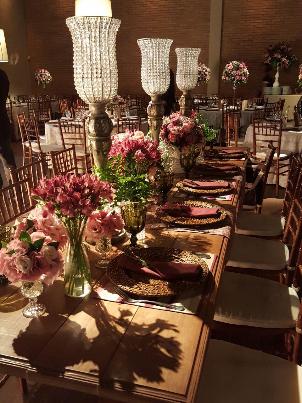 tutti-flora-mesa-convidados-marsala-noiva-decoracao-flores-casamento-convencao-boho-eventos-producao-buque-noiva-debutante-3