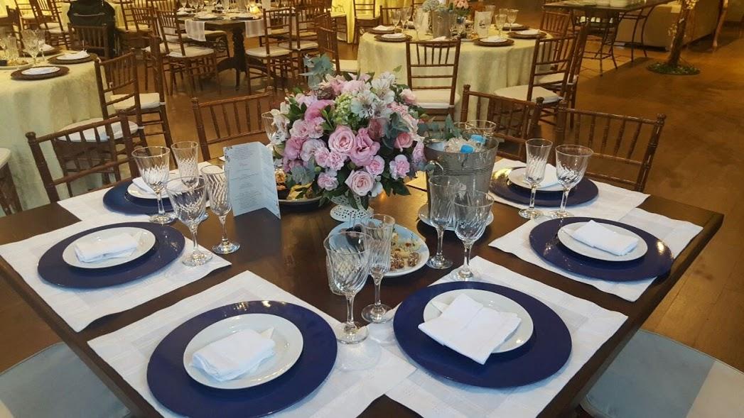 casamento-decoracao-azul-branco-tutti-flores-convencao-boho-eventos-producao-buque-noiva