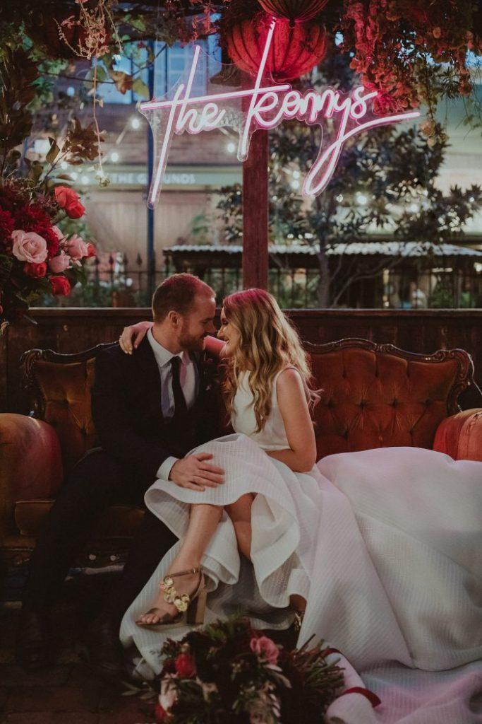 decoracao-flores-casamento-convencao-boho-eventos-producao-buque-noiva-debutante-noiva-letreiro-neon-para-casamento